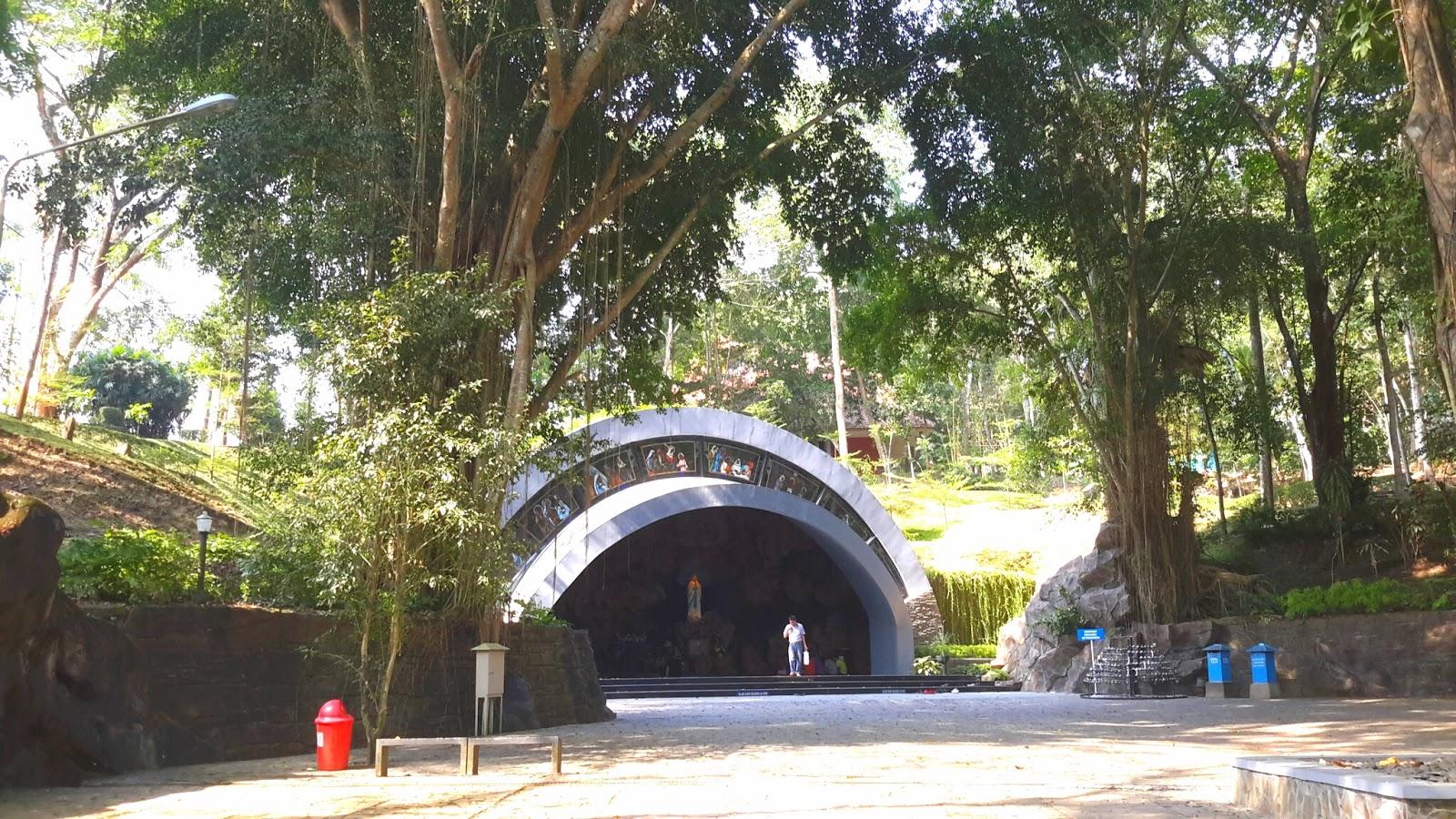 Keindahan Wisata Gua Maria Kaliori Trend Purwokerto Pula Patung Bunda