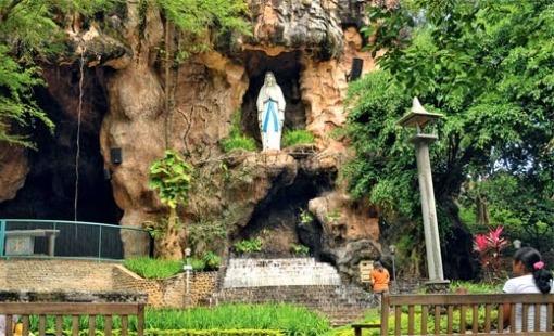 Peristiwa Bersejarah Gua Maria Kaliori Banyumas Berita Online Goa Kab