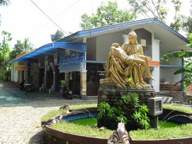 Wisata Banyumas Gua Maria Kaliori Kecamatan Kalibagor Salah Satu Tujuan