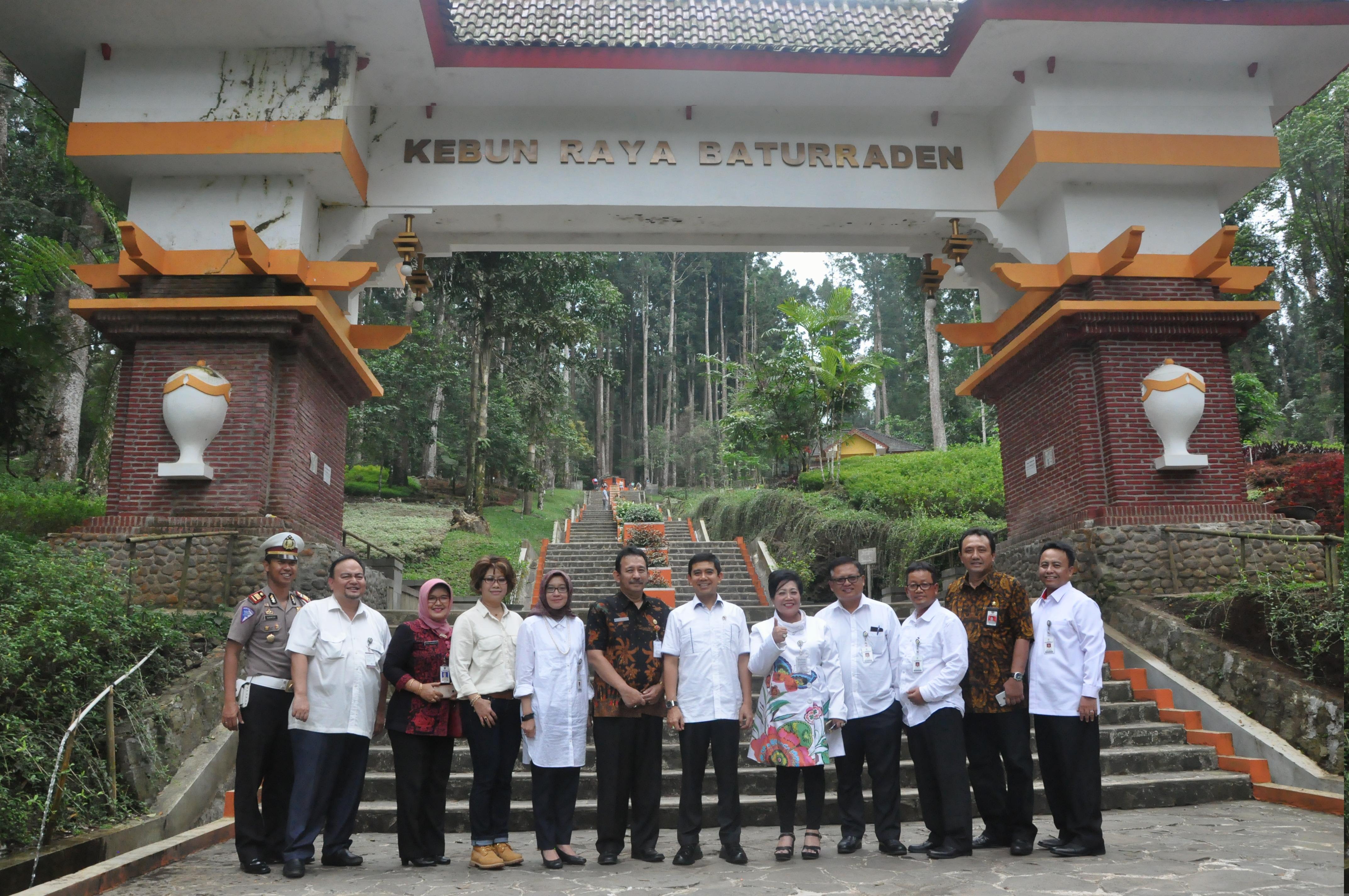 Menpan Yuddy Pun Mampir Kebun Raya Baturaden Banyumasnews Dsc 0487