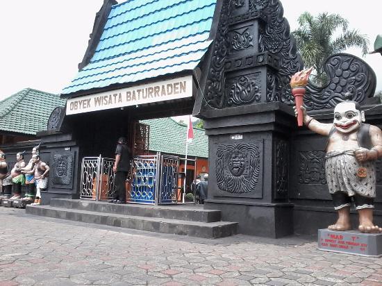 Loket Masuk Lokasi Dg Patung Bawor Ikon Banyumas Picture Lokawisata