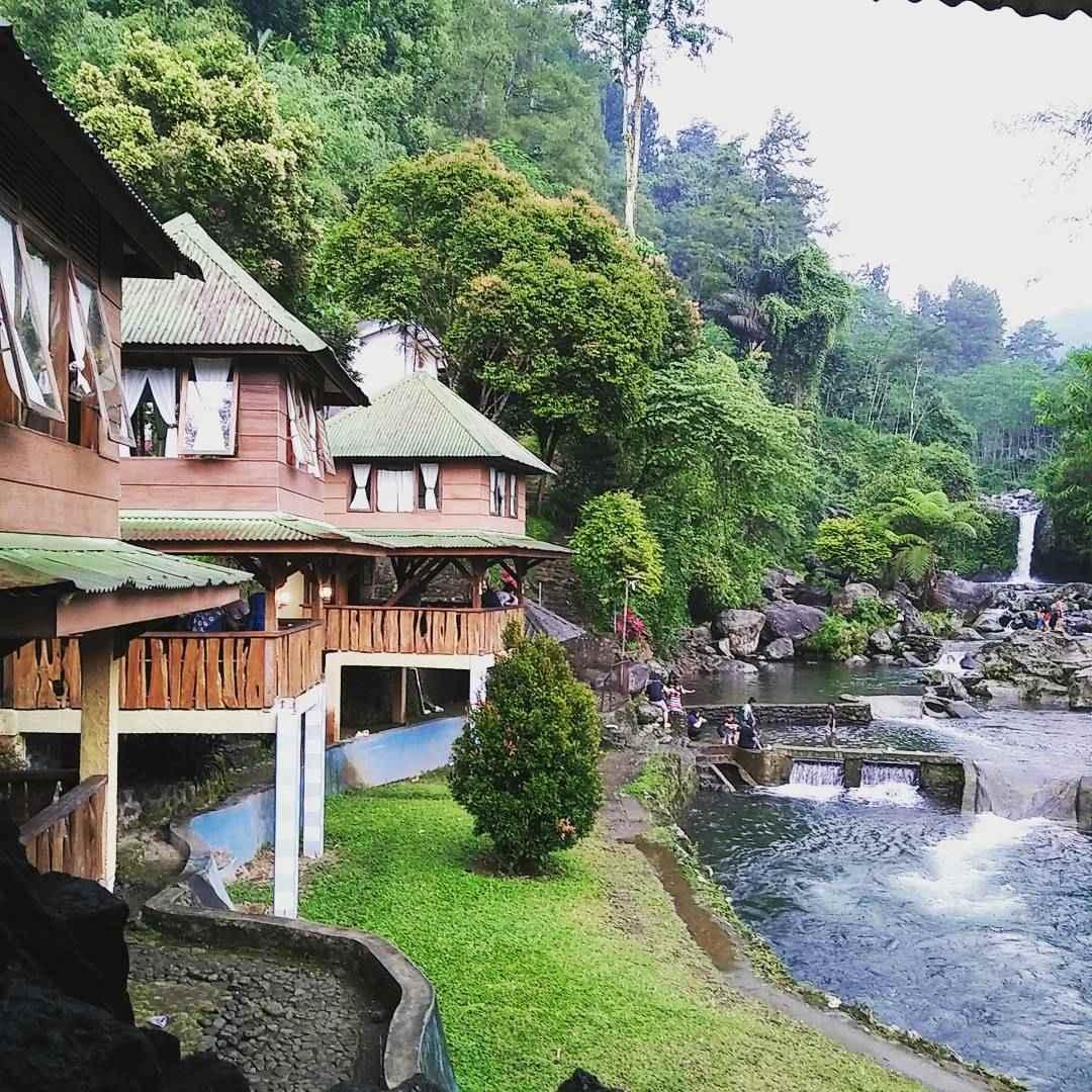 10 Spot Cantik Wisata Baturaden Selfie Bareng Keluarga Mandala Baturraden