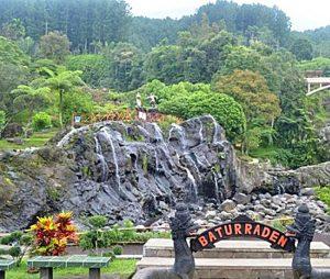 Kawasan Wisata Baturaden Baturraden Terletak Sebelah Selatan Lereng Gunung Slamet