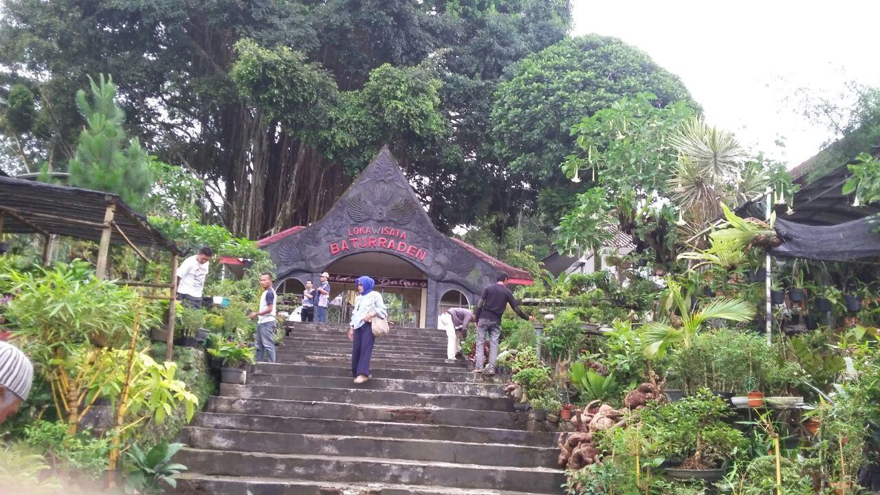 Wisata Baturraden Menawan Travelklik Berwisata Kota Purwokerto Kabupaten Banyumas Jawa