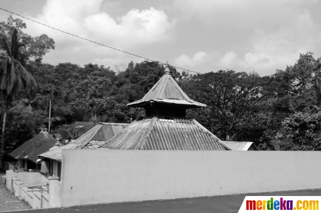 Foto Kekhasan Masjid Saka Tunggal Banyumas Merdeka Terletak Pelosok Desa