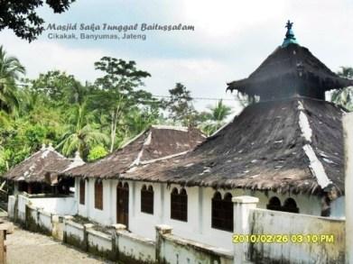 Kenal Masjid Saka Tunggal Tertua Indonesia Kab Banyumas
