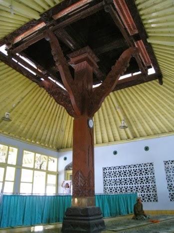 Menguak Sejarah Masjid Saka Tunggal Berita Kebumen Kab Banyumas