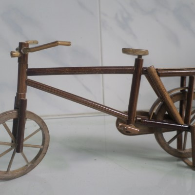 Kerajinan Desa Dermaji Miniatur Sepeda Warsono Rumah Burung Raksasa Kab