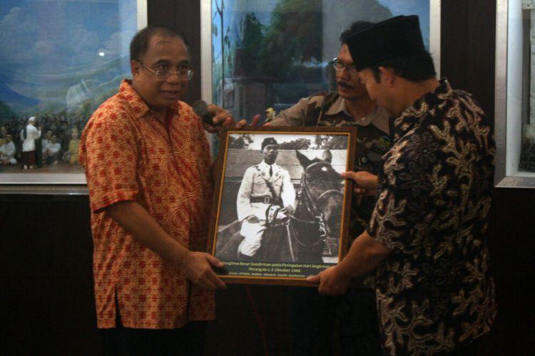Jawa Tengah Merdeka Dipendam Tanah Inilah 40 Foto Kurator Museum