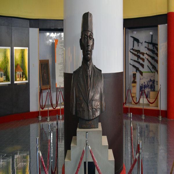Museum Panglima Besar Jenderal Soedirman Purwokerto Lihat Id Menarik Jendral