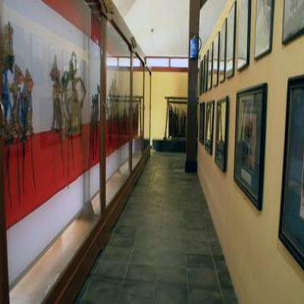 Museum Wayang Sendang Mas Unik Banyumas Lihat Id Indah Sendhang