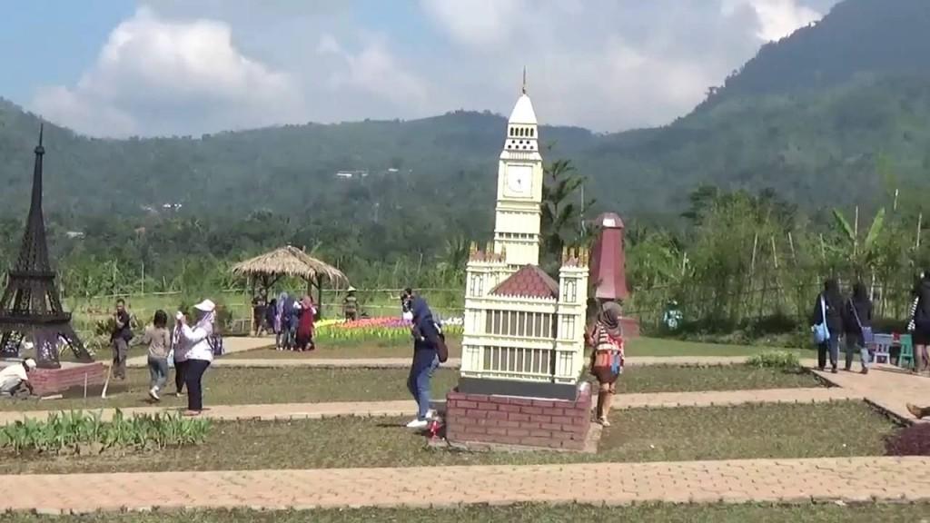 Harga Tiket Masuk Small World Baturaden Purwokerto Taman Miniatur Dunia