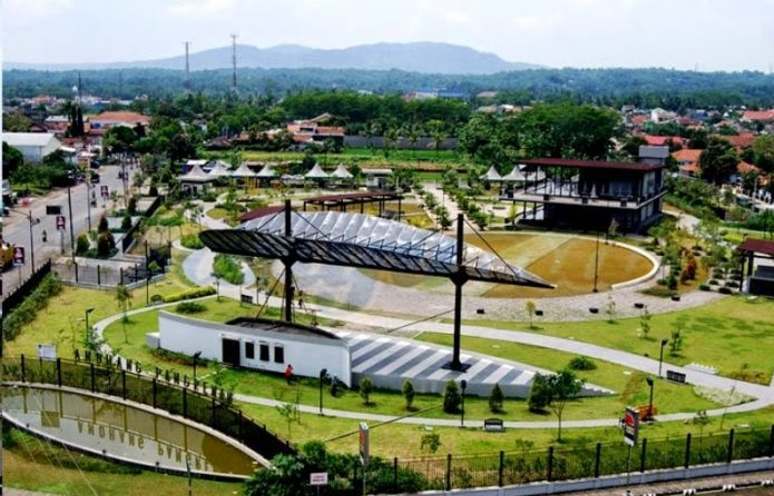 Wisata Pendidikan Taman Andhang Pangrenan Purwokerto Banyumas Foto Rekreasi Info