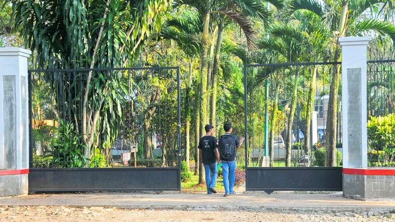 Berita Taman Satria Purwokerto Radar Banyumas Pintu Dibuat Satu Kab