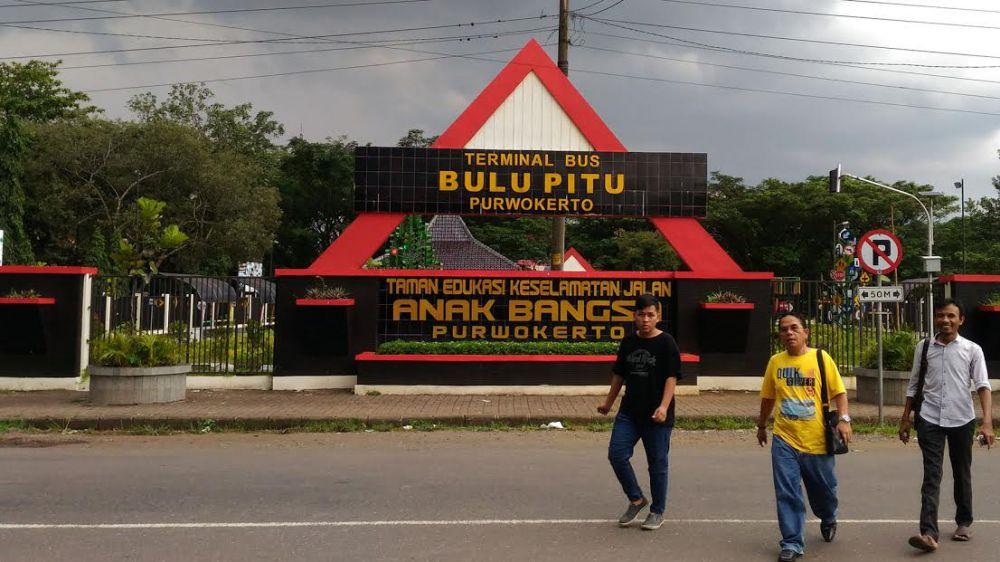 Jawa Tengah Merdeka Lima Taman Cantik Purwokerto Satria Kab Banyumas