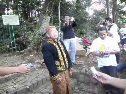 Petilasan Batur Agung Banyumas Part Avi Youtube Wisata Kab