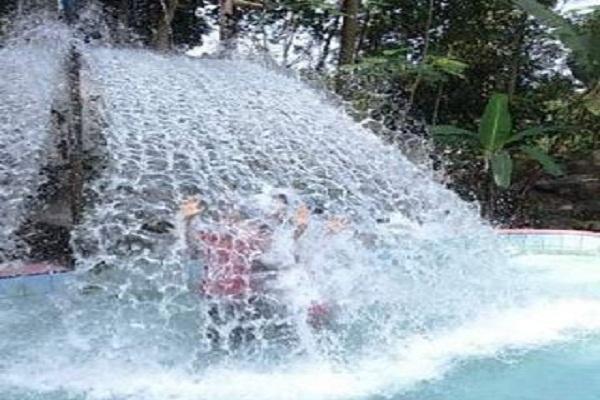 Situs Batur Agung Destinasi Wisata Ramah Keluarga Banyumas Kawasan Terdapat
