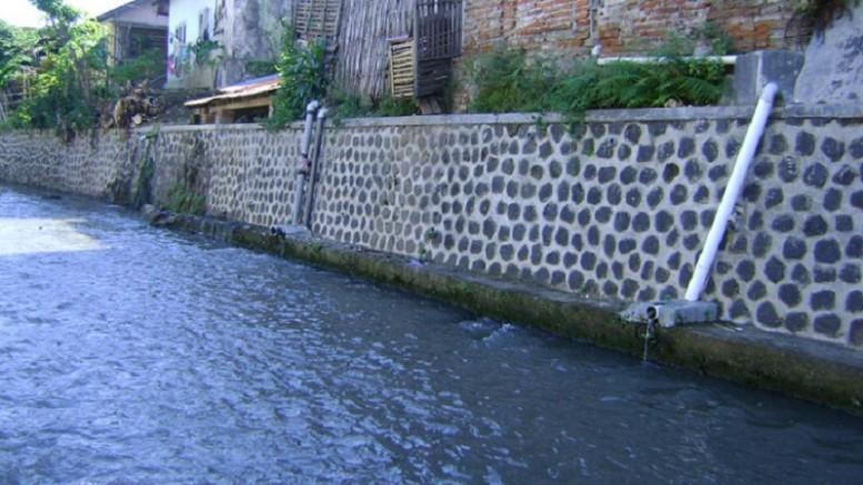 Banyuwangi Berwarna Sulap Bantaran Sungai Kalilo Warna Warni Bak Jembatan