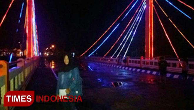 Jembatan Blindungan Jadi Lokasi Selfie Favorit Times Jatim Pengunjung Berfoto