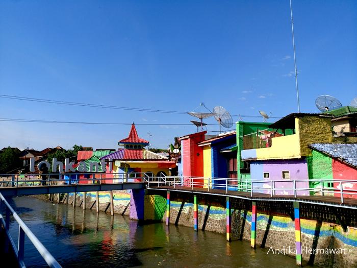 Penikmat Perjalanan Kalilo Spot Kampung Warna Warni Kota Bagian Tembok