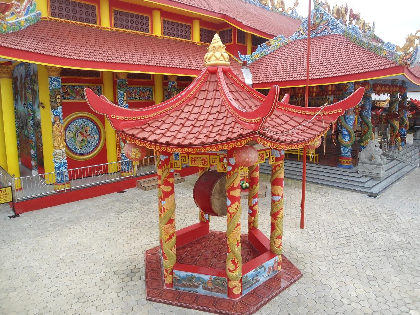 232 Klenteng Berdiri Kokoh Banyuwangi Lokal Karya Hoo Tong Bio