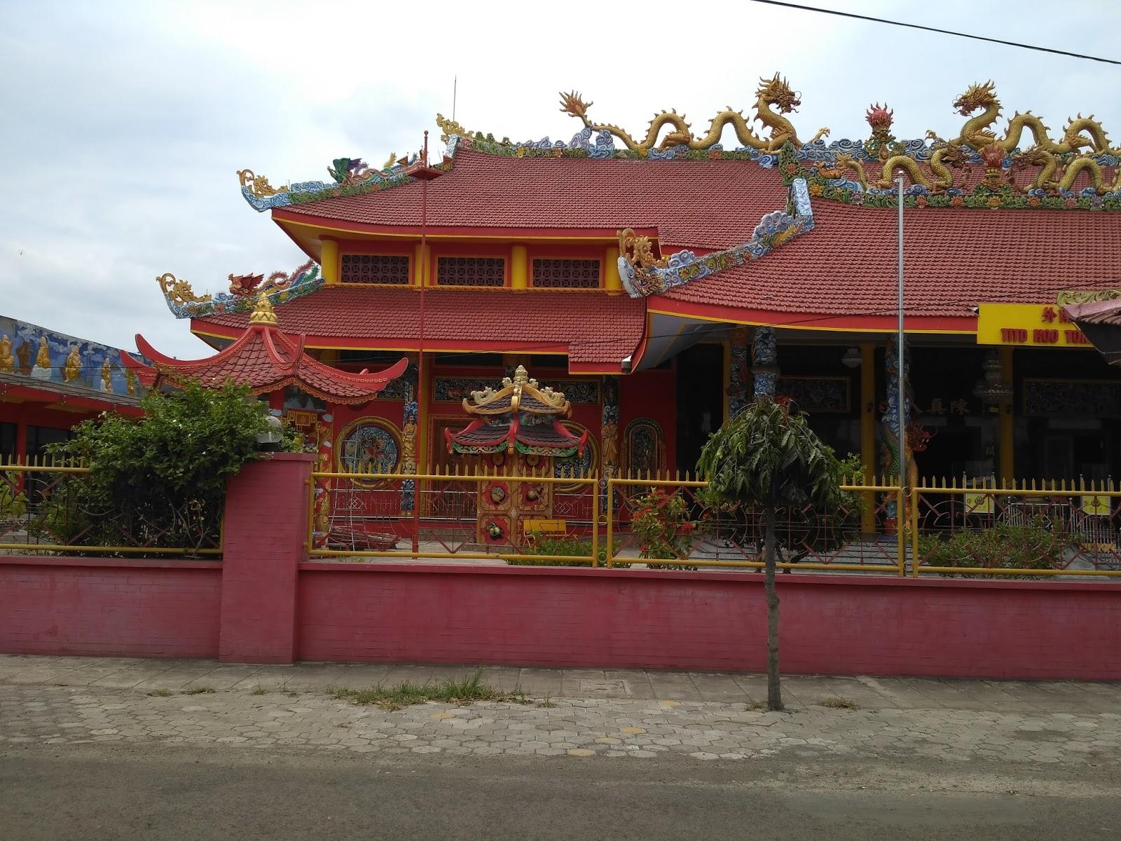 Hoo Tong Bio Banyuwangi Kelenteng 300 Klenteng Jl Ikan Gurami