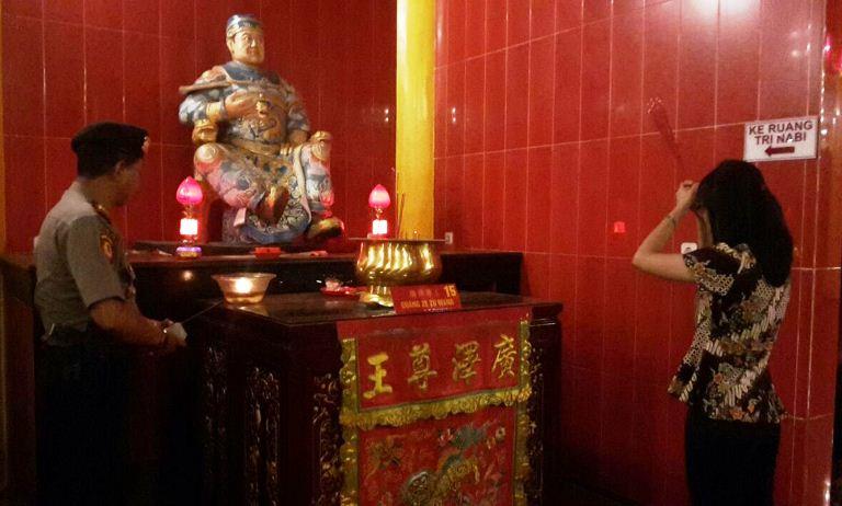 Hoo Tong Bio Steril Imlek 2569 Banyuwangi Aman Klenteng Kab