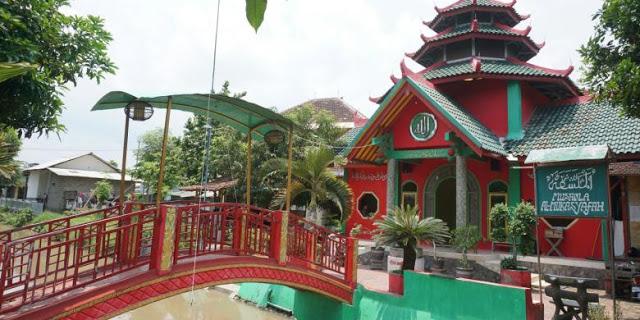 Masjid Ala Chengho Ternyata Banyuwangi Bagus Mirip Kelenteng Klenteng Hoo