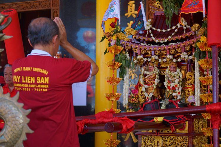Meriahnya Kirab Budaya 19 Kelenteng Se Jawa Bali Banyuwangi Umat