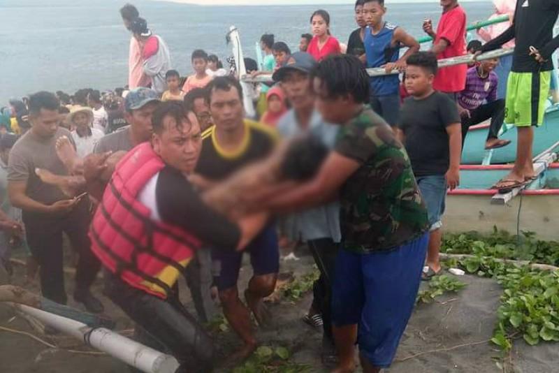 Daerah Dua Pelajar Tenggelam Akibat Terseret Ombak Pantai Bangsring Banyuwangi