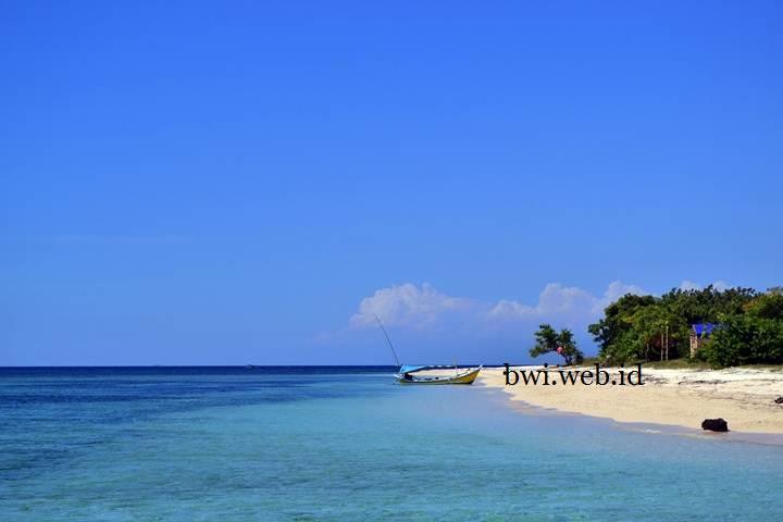 Pulau Elok Banyuwangi Utara Tabuhan Pantai Bangsring Kab