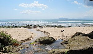 25 Wisata Bahari Banyuwangi Indah Menawan Pantai Pancur Bomo Kab