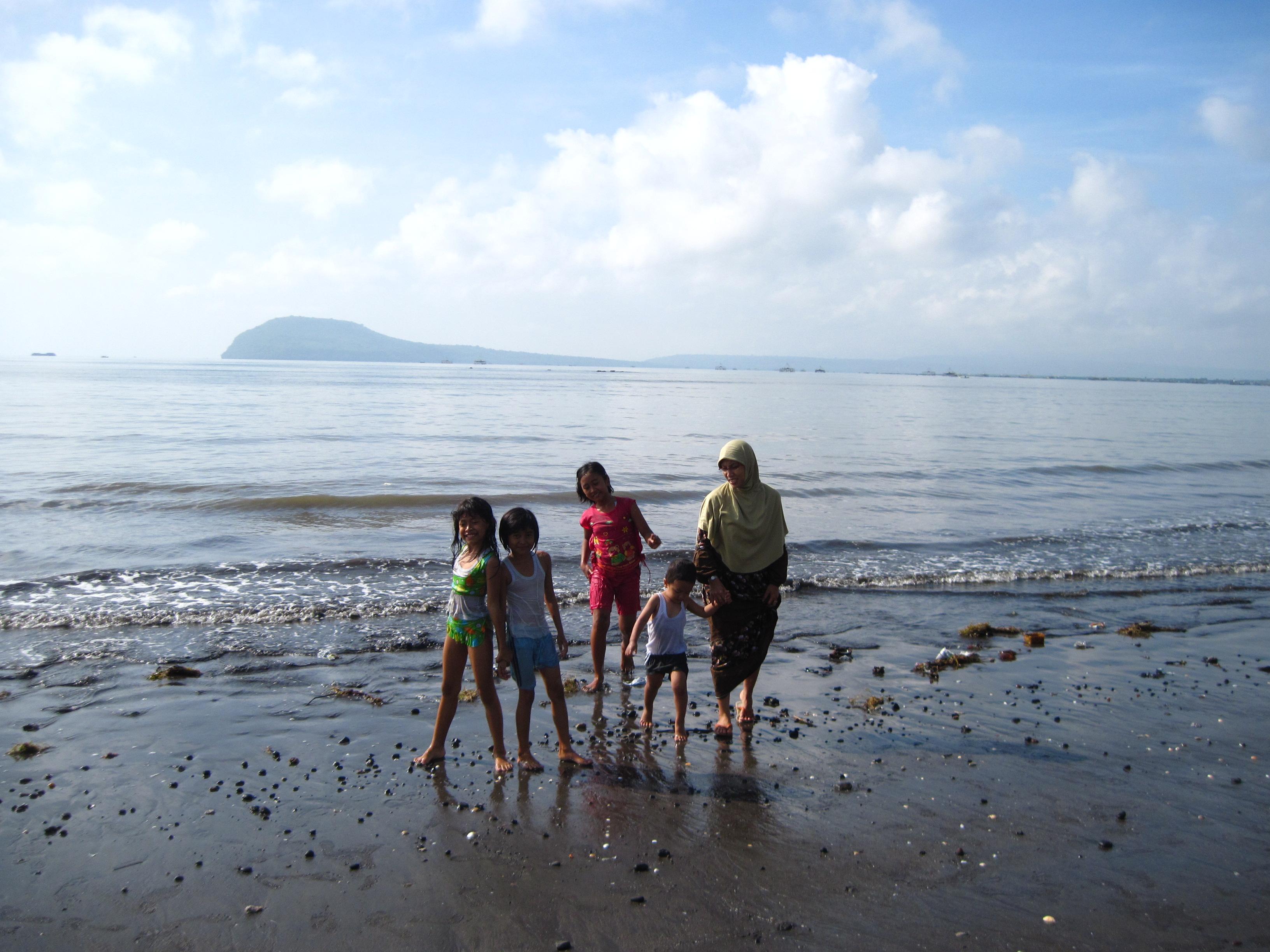 Banyuwangi Fa Ul Tempat Bermain Menarik Pantai Bomo Kab