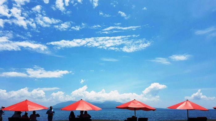 Banyuwangi Andalkan Sektor Pariwisata Dongkrak Wisatawan Zulfikar Pantai Boom Kab