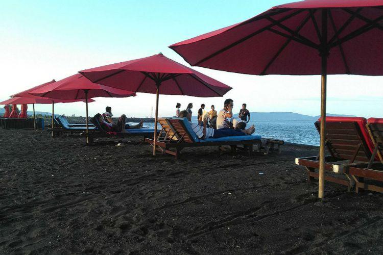 Banyuwangi Merdeka Pantai Boom Jadi Tempat Favorit Ngabuburit Warga Kab