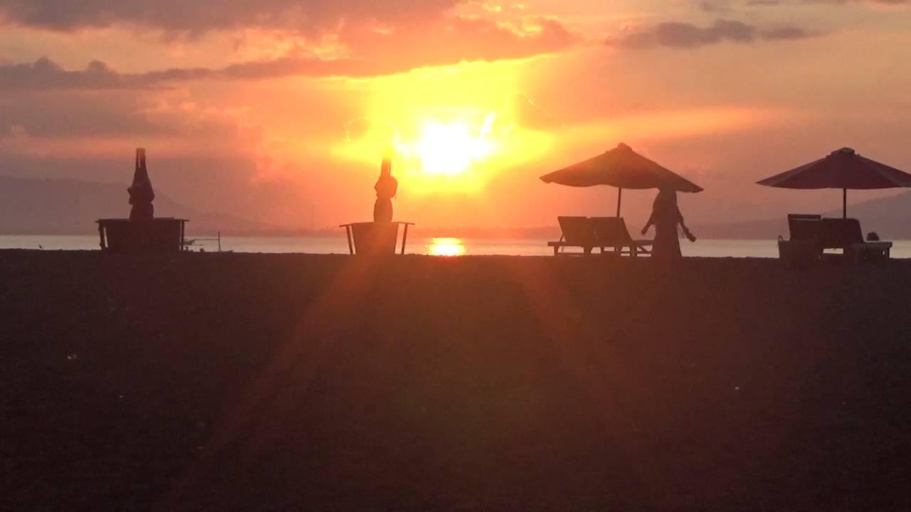 Indahnya Sunrise Pantai Boom Banyuwangi Youtube Kab