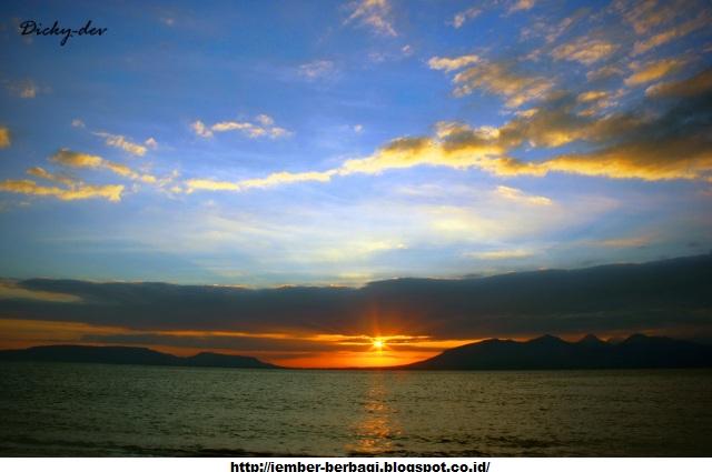 Indahnya Sunset Pantai Boom Banyuwangi Kab