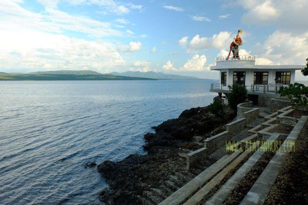 Pantai Watu Dodol Landmark Kabupaten Banyuwangi Catatan Nobi Jogja Tugu