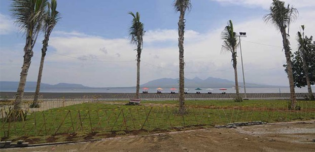 Proyek Puluhan Miliar Pantai Boom Banyuwangi Tidak Beres Teras Jatim