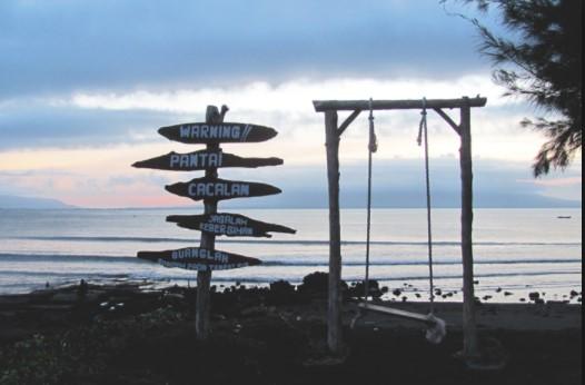 65 Tempat Wisata Banyuwangi Terkenal Menarik Dikunjungi Pantai Cacalan Kab