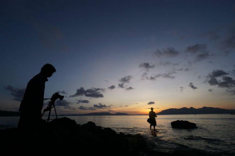Banyuwangi Merdeka Merasakan Hangatnya Sinar Matahari Menikmati Sun Rise Pantai