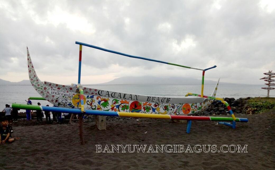 Pantai Cacalan Alternatif Destinasi Wisata Keluarga Banyuwangi Kab