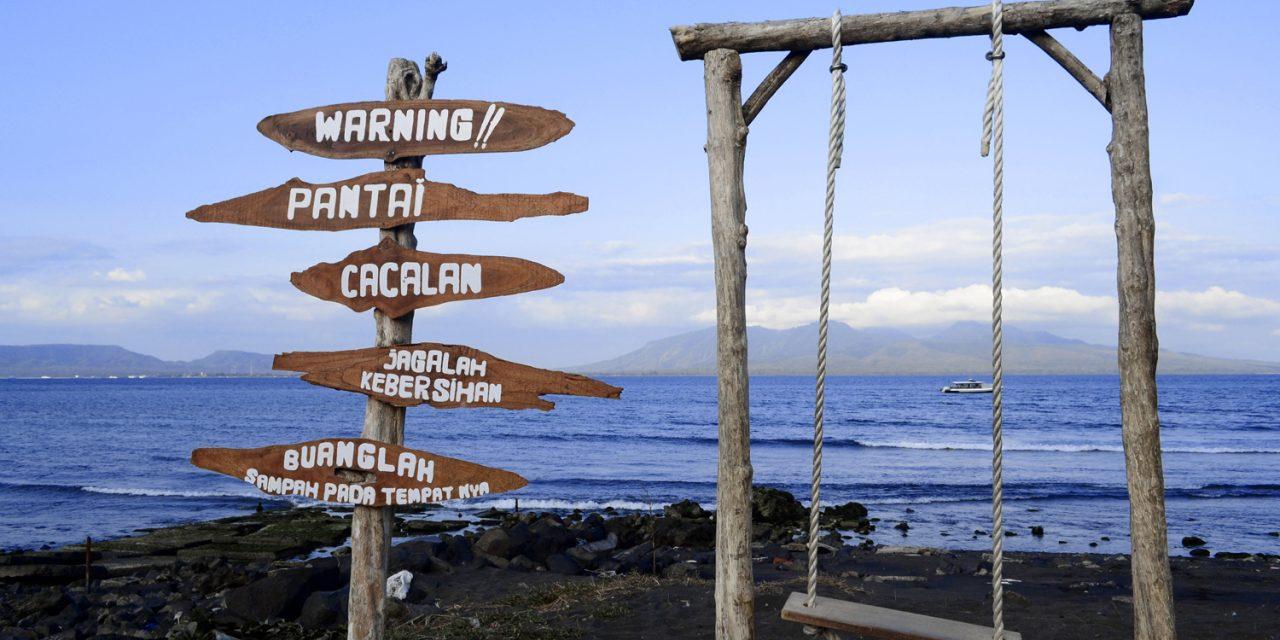 Pantai Cacalan Destinasi Wisata Tak Menguras Kantong Kab Banyuwangi