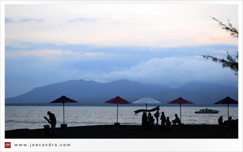 Pantai Cacalan Destinasi Wisata Tak Menguras Kantong Yup Itulah Fasilitas