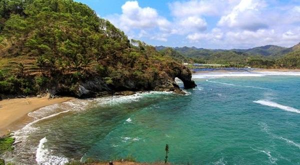 10 Gambar Pantai Lampon Kebumen Jawa Tengah Bukan Kabupaten Keindahan