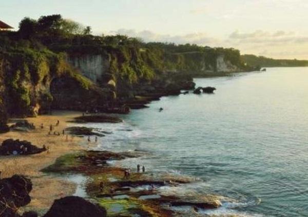 10 Gambar Pantai Lampon Kebumen Jawa Tengah Bukan Kabupaten Pengunjung