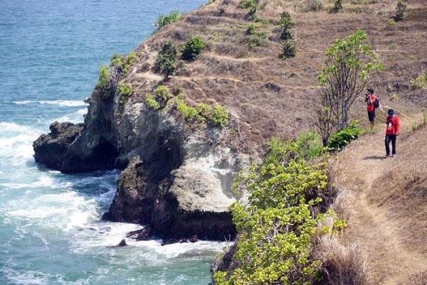 10 Gambar Pantai Lampon Kebumen Jawa Tengah Bukan Kabupaten Perjalanan