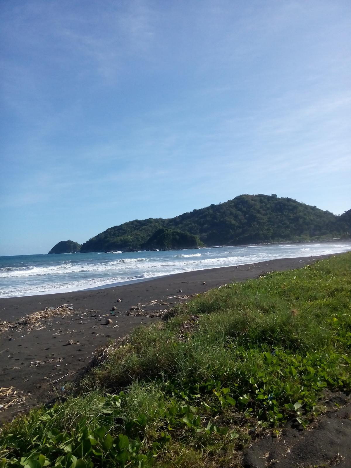 Ekologi Wisata Pesona Pantai Lampon Pesanggaran Kabupaten Banyuwangi Terletak Disebelah