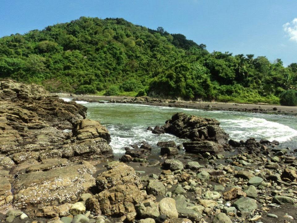 Keindahan Pantai Lampon Pesanggaran Banyuwangi Bagus Karang Kab
