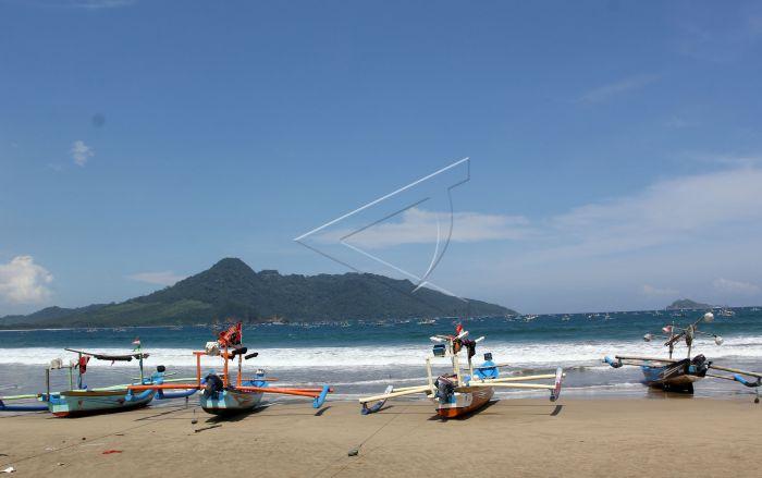 Destinasi Wisata Pantai Mustika Antara Foto Berada Selatan Kabupaten Banyuwangi